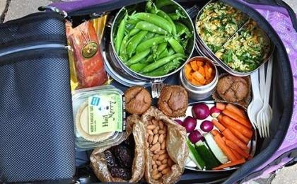 Yolculukta Pratik Beslenme Önerileri